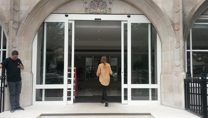 Saatchi doors
